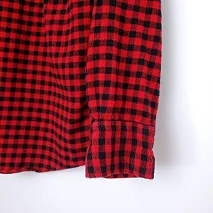 Uniqlo Shirts - UNIQLO Red Black Plaid Flannel Checked Button Down
